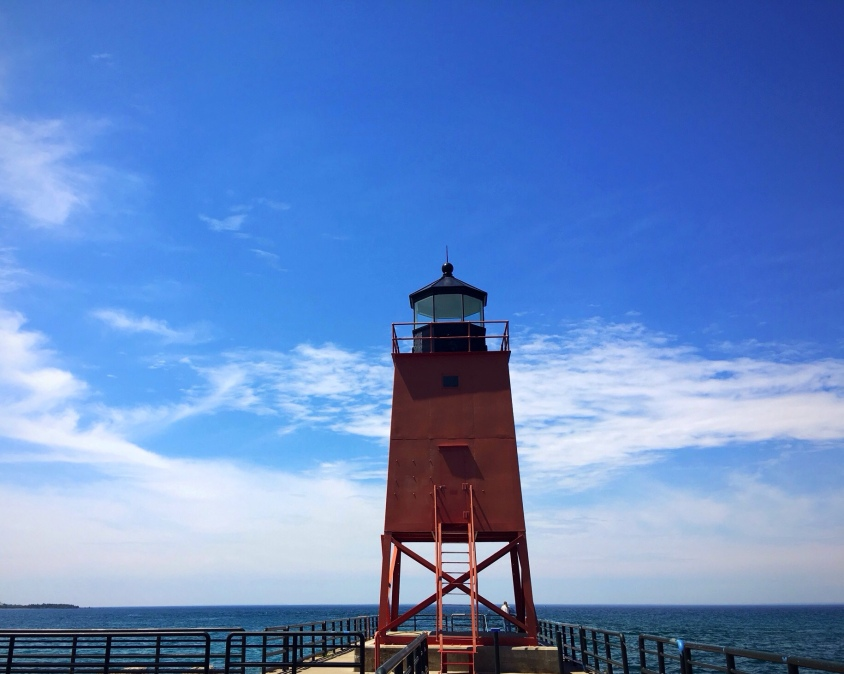 South pier lighthouse, Charlevoix